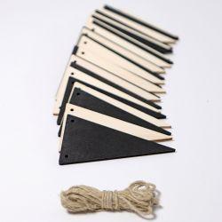 Houten zwartwitte vlaggen slinger, Grimms 93150