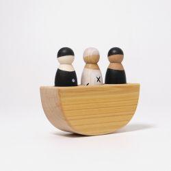 3 Regenboogvrienden in een boot zwart wit, Grimms 93000